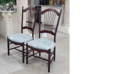 Side Chairs (x2)